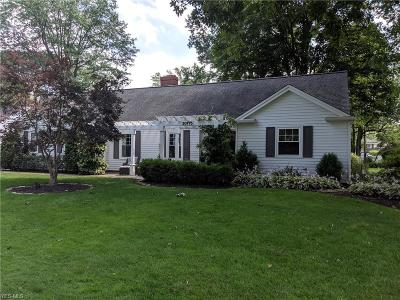 Fairview Park OH Single Family Home Pending: $359,900