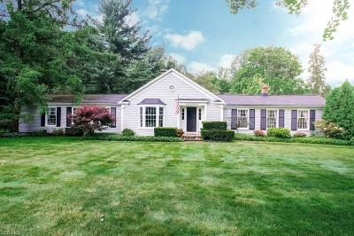 Chagrin Falls Single Family Home For Sale: 7667 Chagrin Road