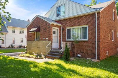Lakewood Single Family Home For Sale: 13520 Elbur Lane