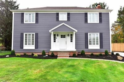 Rocky River Single Family Home For Sale: 1148 Whittlesay Lane