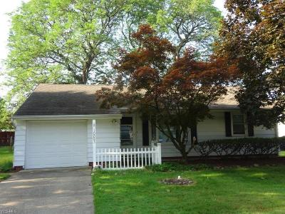 Parma Heights Single Family Home Active Under Contract: 10083 Lynden Oval