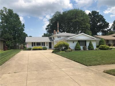 Middleburg Heights Single Family Home Active Under Contract: 15876 Galemore Drive