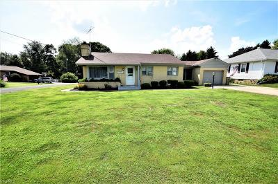 Columbiana County Single Family Home Active Under Contract: 3011 Meadow Road