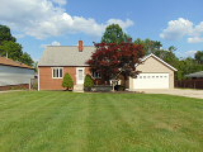 North Royalton Single Family Home For Sale: 9373 Abbey Road