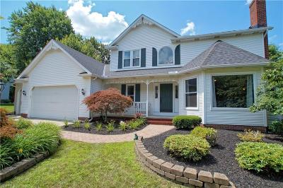Painesville Single Family Home Active Under Contract: 6850 Rolling Acres Court