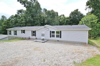 Zanesville Single Family Home Active Under Contract: 2875 Pure Country Drive