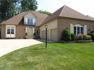 Middleburg Heights Single Family Home For Sale: 6753 Canterbury Drive