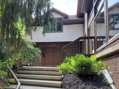 North Royalton Single Family Home For Sale: 5131 Wiltshire Road