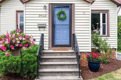 Single Family Home For Sale: 24162 Elm Road