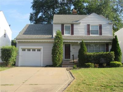 Lyndhurst Single Family Home Active Under Contract: 5587 Dorset Road