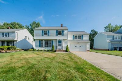 Lyndhurst Single Family Home For Sale: 5301 Marian Drive