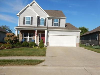 Willoughby Single Family Home For Sale: 3893 Arcadia Circle