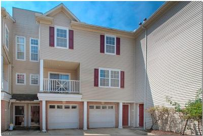 Broadview Heights Condo/Townhouse Active Under Contract: 788 Tollis Parkway