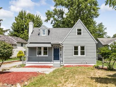 Single Family Home Active Under Contract: 319 Fowles Road