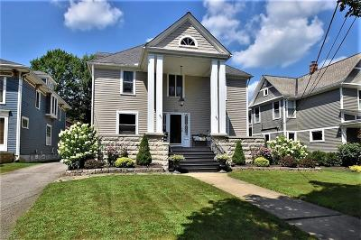 Chagrin Falls Single Family Home For Sale: 120 S Franklin Street