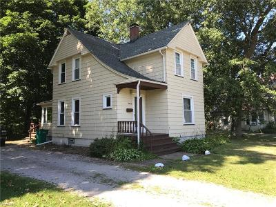 Ashtabula Single Family Home Active Under Contract: 3435 Schenley Avenue