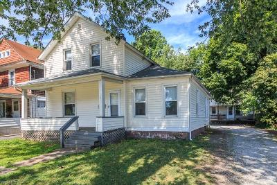 Painesville Single Family Home For Sale: 147-151 Nebraska Street