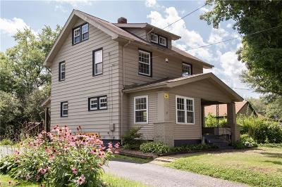 Hubbard Single Family Home For Sale: 331 Moore Street