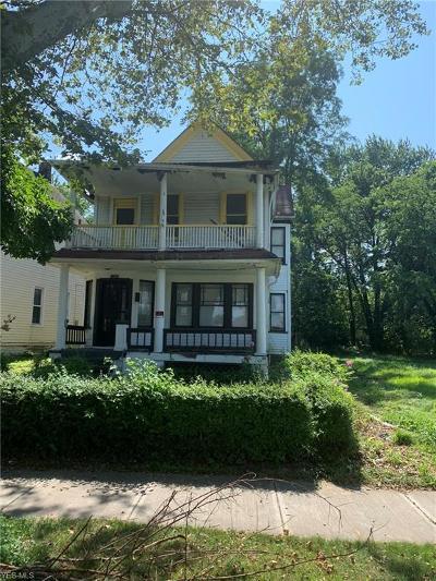 Cleveland Multi Family Home For Sale: 1382 Giddings Avenue