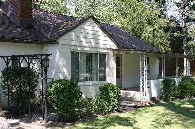 Willoughby Single Family Home For Sale: 38453 Wood Road