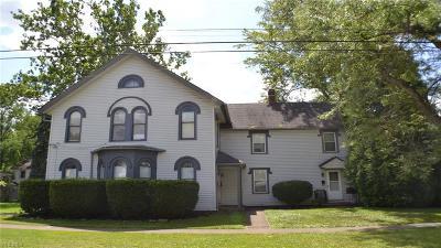 Berea Multi Family Home For Sale: 178 E Bridge Street