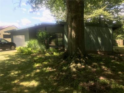 Parma Heights Single Family Home Active Under Contract: 6428 Nelwood Road