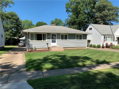 Avon Lake Single Family Home For Sale: 228 Brookfield Road