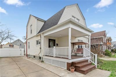 Lakewood Single Family Home For Sale: 1616 Hopkins Avenue