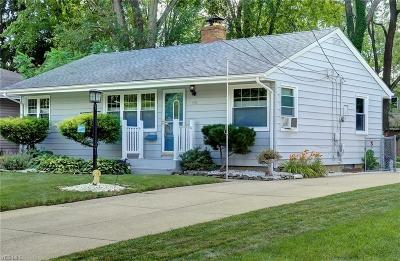 Single Family Home For Sale: 151 Wyleswood Drive