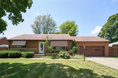 North Olmsted Single Family Home For Sale: 4466 Ranchview Avenue