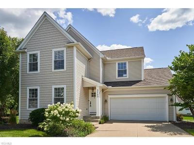 Broadview Heights Single Family Home Active Under Contract: 2723 Sexton Court
