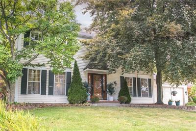 Strongsville OH Single Family Home For Sale: $259,900