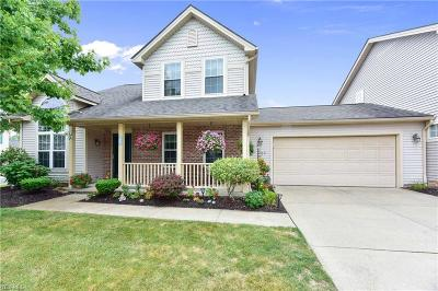 Middleburg Heights Single Family Home Active Under Contract: 6807 Meadow Lane
