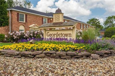 Lyndhurst Condo/Townhouse For Sale: 2143 Glouchester Drive