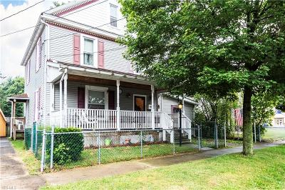 Lisbon Single Family Home For Sale: 107 W Pine Street