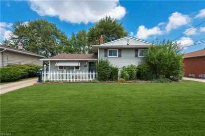 Single Family Home For Sale: 14792 Larkfield Drive