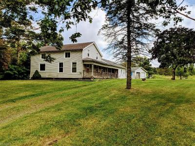 Ashtabula Single Family Home For Sale: 2700 Austinburg Road