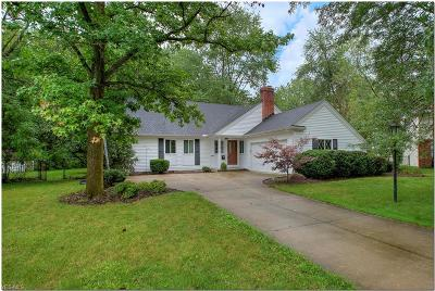 North Olmsted Single Family Home For Sale: 7057 Warrington Drive