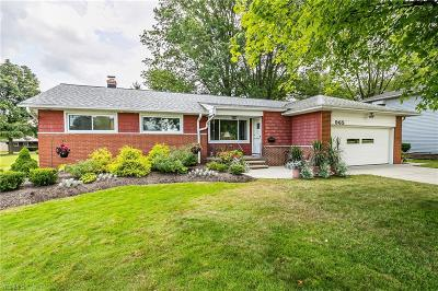 Highland Heights Single Family Home Active Under Contract: 965 Millridge Road