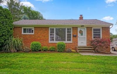 South Euclid Single Family Home For Sale: 4476 Emerson Road