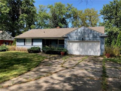 Rocky River Single Family Home For Sale: 22824 Hilliard Boulevard