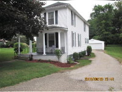 Zanesville OH Single Family Home For Sale: $159,000