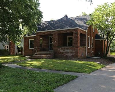 Medina Single Family Home For Sale: 528 E Liberty Street