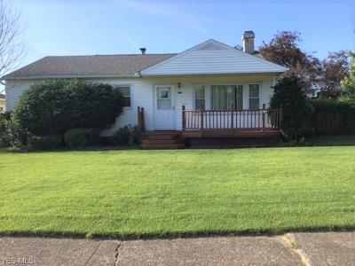 Parma Single Family Home For Sale: 11220 Deborah Drive