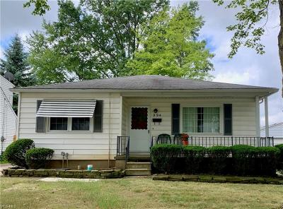 Elyria Single Family Home Active Under Contract: 994 Reeve Road