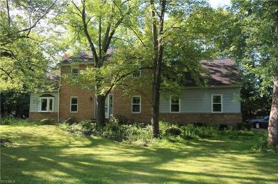 Hudson OH Single Family Home For Sale: $235,000