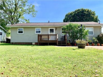 Marietta Single Family Home For Sale: 690 Sandhill Road