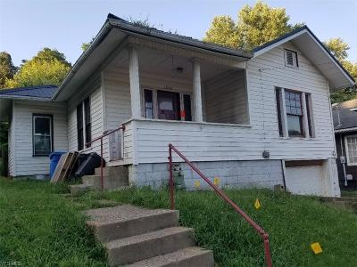 Guernsey County Single Family Home For Sale: 1305 Chestnut Street