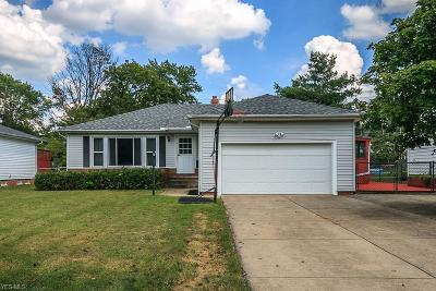 Lyndhurst OH Single Family Home For Sale: $134,700