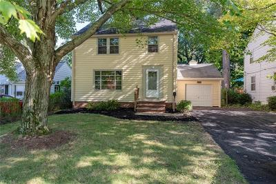Lyndhurst OH Single Family Home For Sale: $120,000